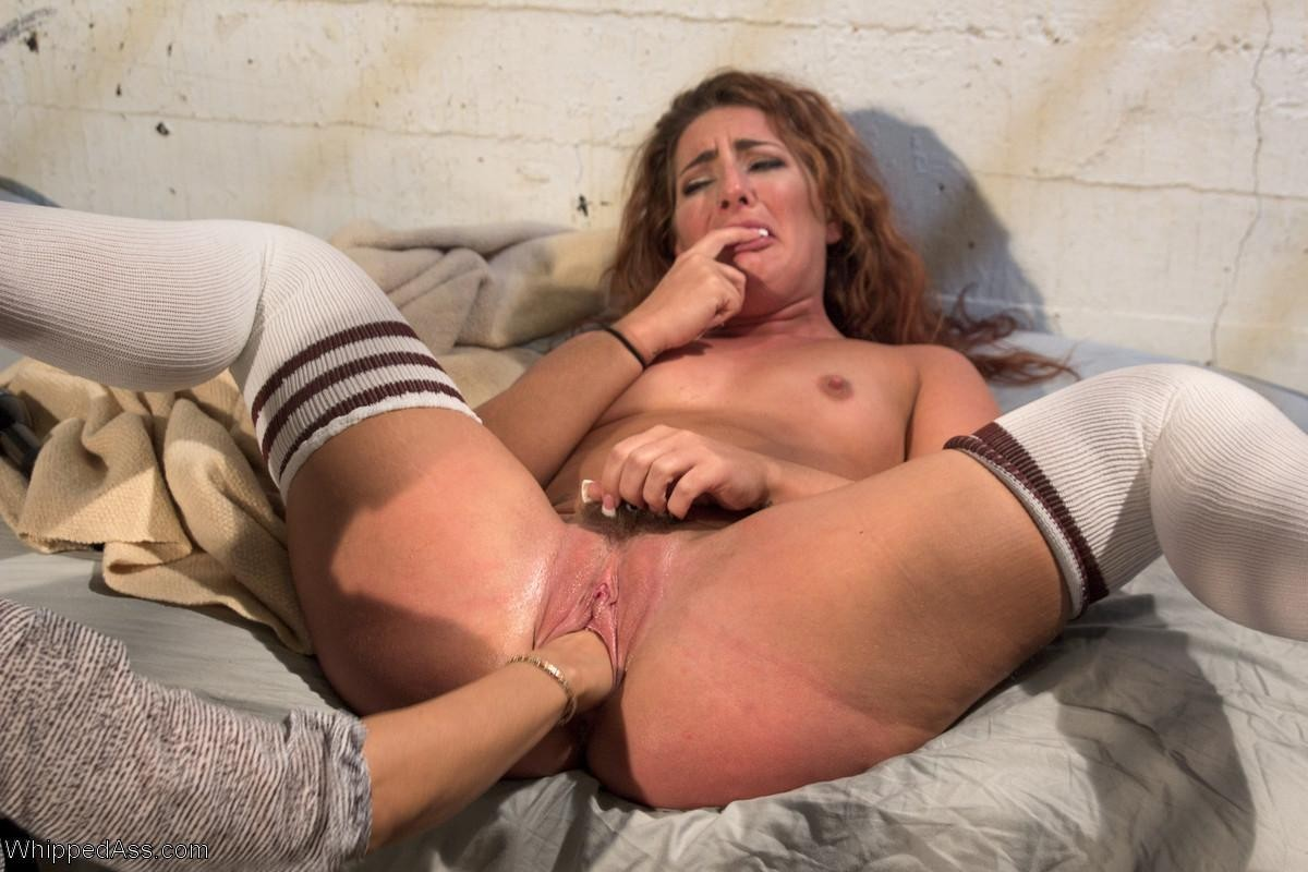 Anal Fisting Squirt Solo