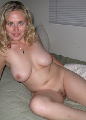 A smart girl with big tits sucks and fucks