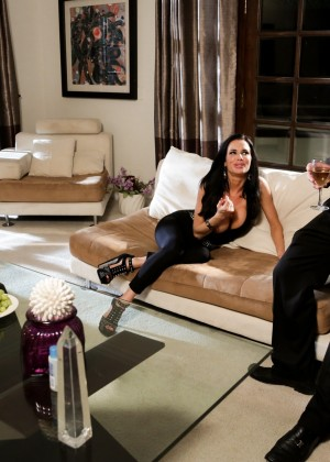 Veronica Avluv, John Strong - Doggystyle porn gallery № 3440520