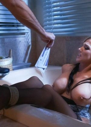 Nikki Sexx, Barry Scott - Squirting porn gallery № 3435980