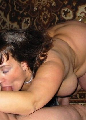 Fatty Anna sucked cock