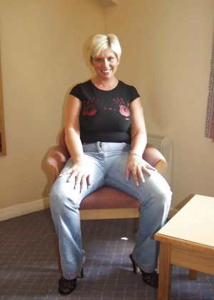 Lush Scottish Milf in the hotel room
