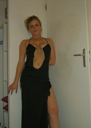 Slender Frenchwoman Sandrine likes to dress sexy and undress
