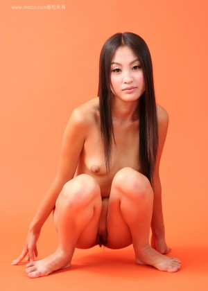 Nude Chinese Fu H on an orange background