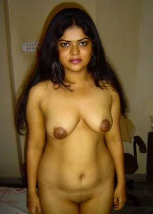 Indian wife spread her legs exposing a strange cunt