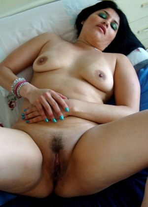 Mexican loves showing her anus