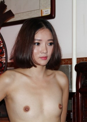 Slim naked Chinese model