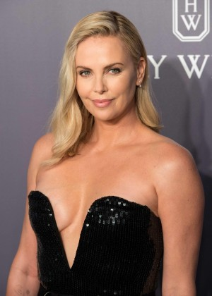 Decolette Charlize Theron