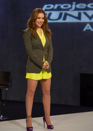 The legs of Alyssa Milano