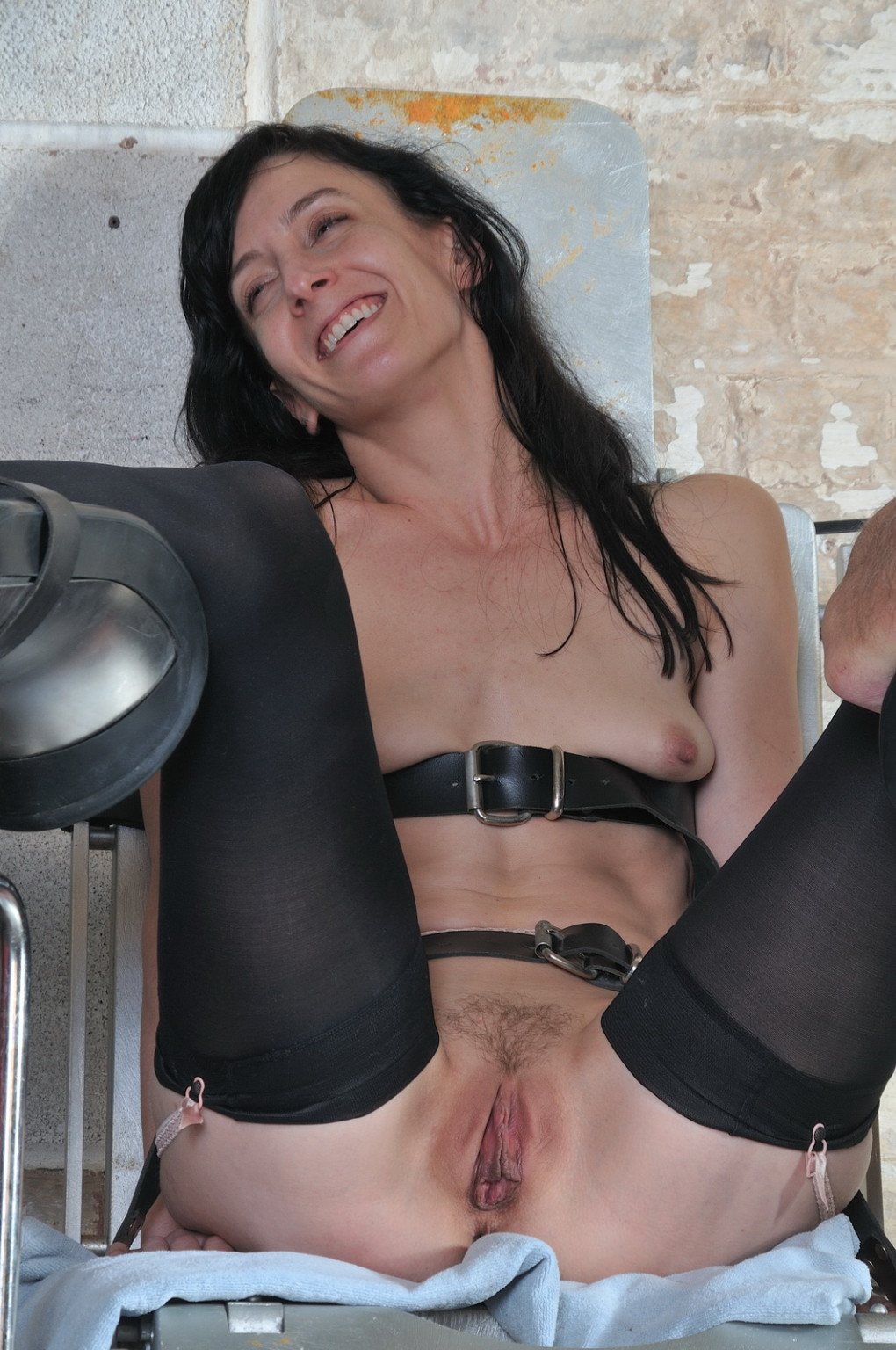 Elise Graves Nude