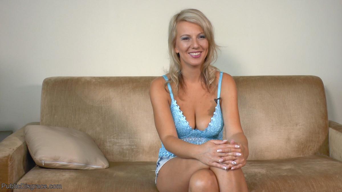 Angel Blond Porn Gallerys luci angel, conny dachs, mona wales - public porn gallery
