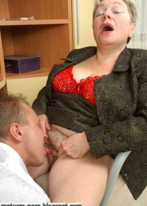 Fucking in the office of elderly Irina