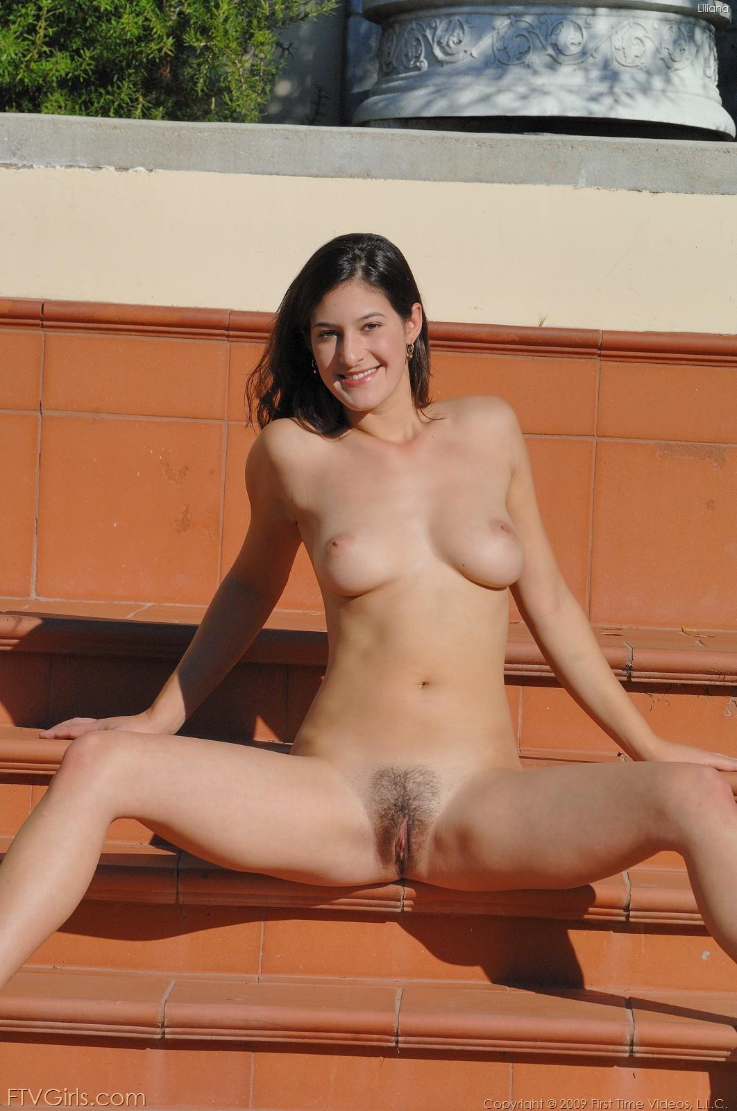 beautiful greek pussy