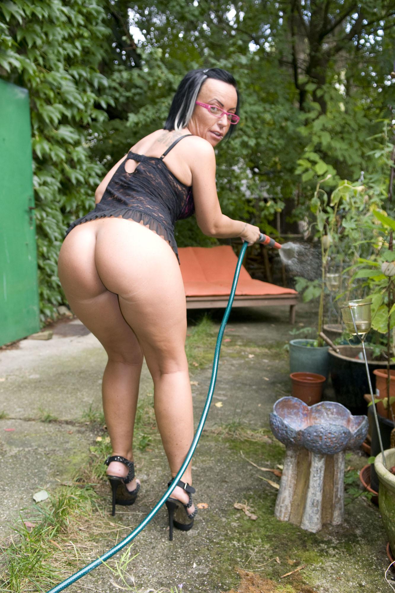 Austrian mature model Candy Cox » 100% Fapability Porn